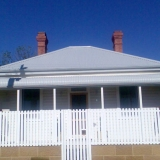 Weatherboard-home-fence